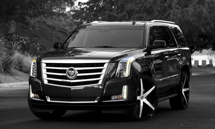 Cadillac Escalade - красавец тяжеловес с проблемами.