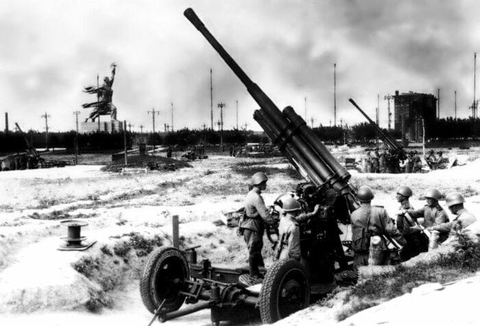 Немцев ждало множество установок ПВО. |Фото: Pinterest.