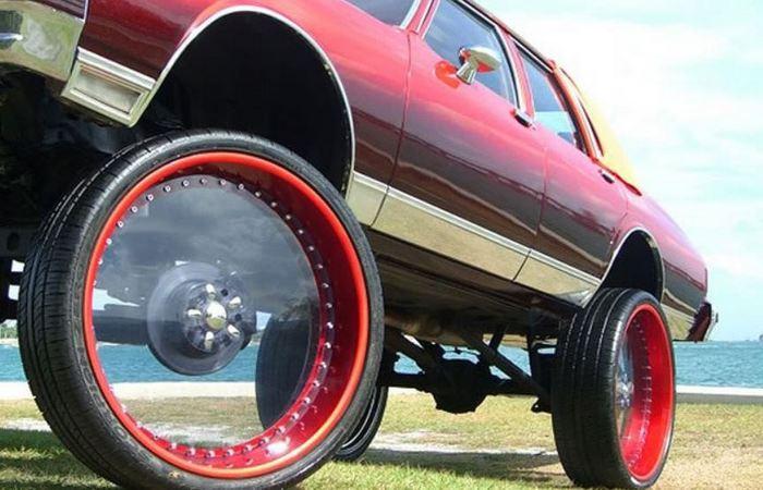 Нельзя поставить абы какие колеса.