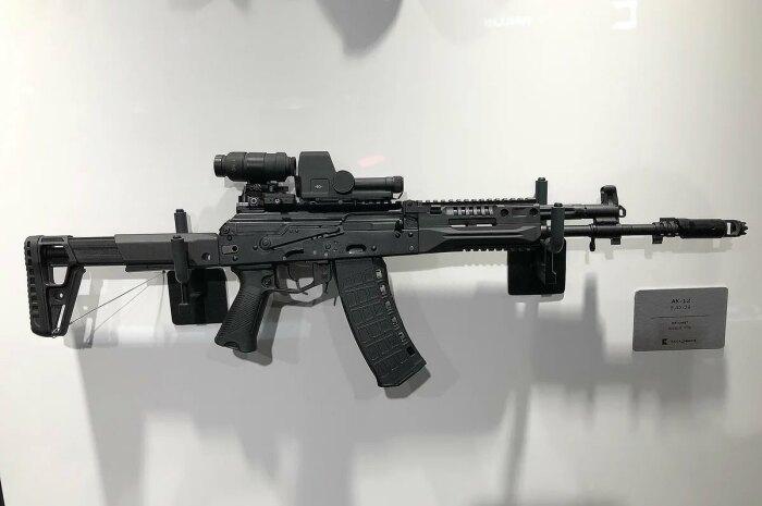 Новый автомат сделан на базе АК-12. ¦Фото: guns.allzip.org.