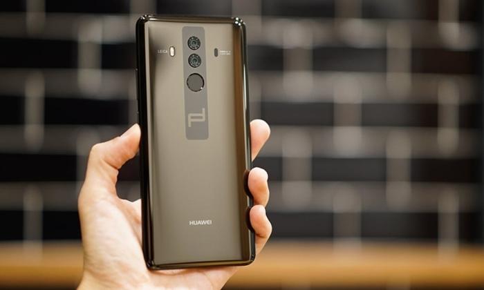 Выглядит смартфон круто.