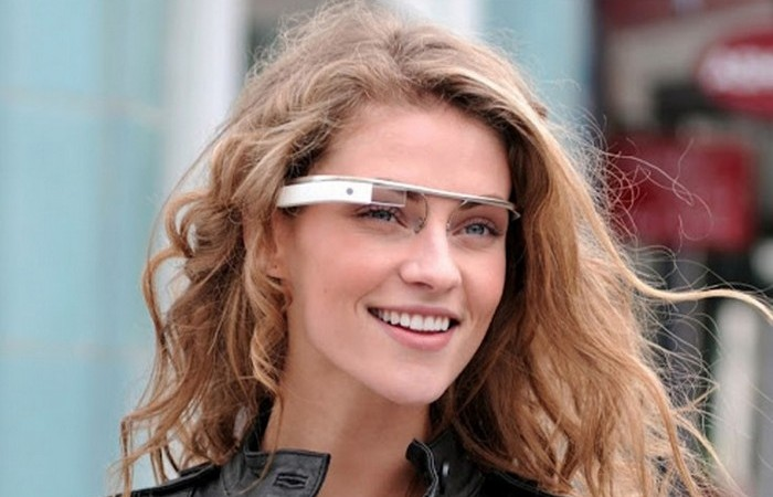 Google glass ��������� � ������ ����������� �������.