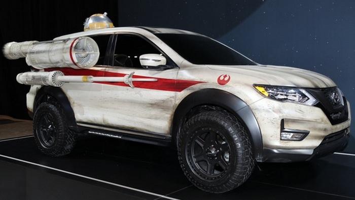 Nissan Rogue SV - гибридная силовая установка и классический бензиновый двигатель на выбор.