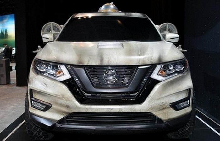Nissan Rogue Star Wars Tribute.