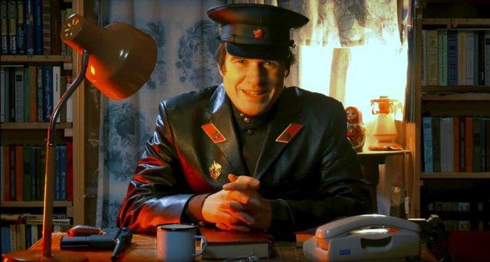 На самом деле кожаные курки НКВД делали из кожи жертв НКВД. Шутка. ¦Фото: paraparabellum.ru.