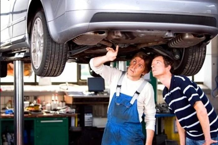 Работать следует с проверенными людьми. |Фото: drive2.ru.