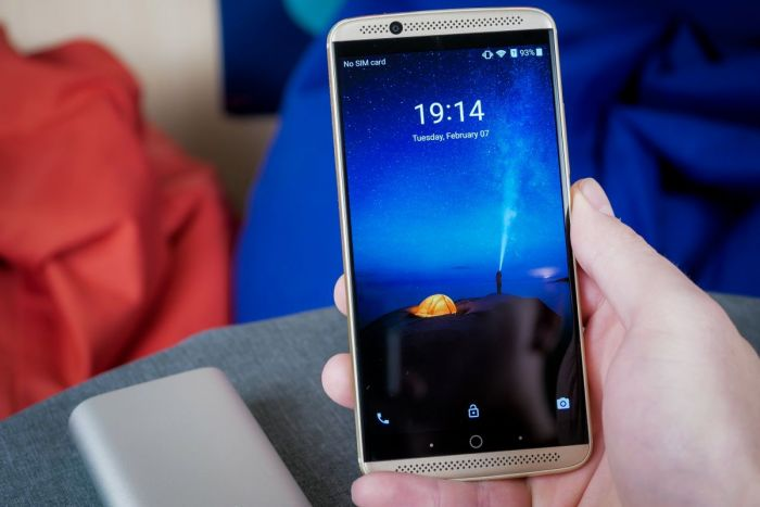 Китайский смартфон без упущений.