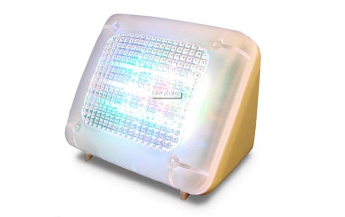 Fake TV light - ложное освещение.