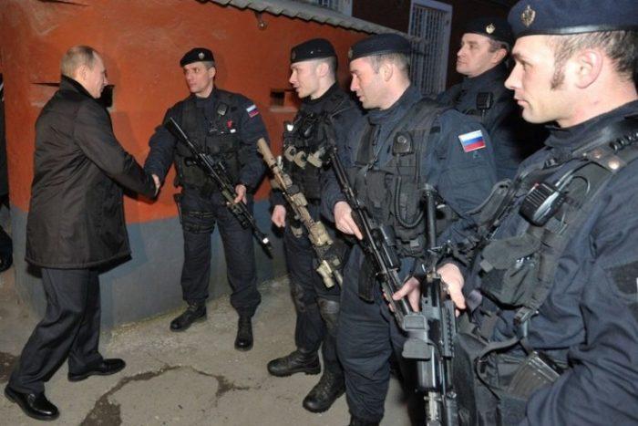 Охрана всегда на высоте. Во всех смыслах. |Фото: aravot-ru.am.