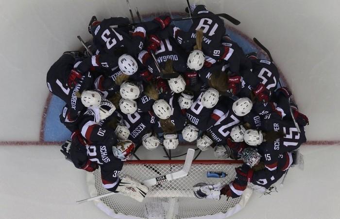 В хокее все жестко.