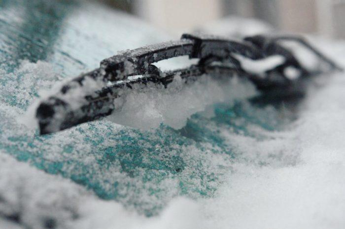 Зима - враг дворников. |Фото: bumper.guru.