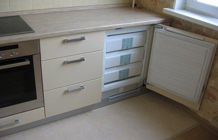 Просто роскошь: встроенный холодильник.