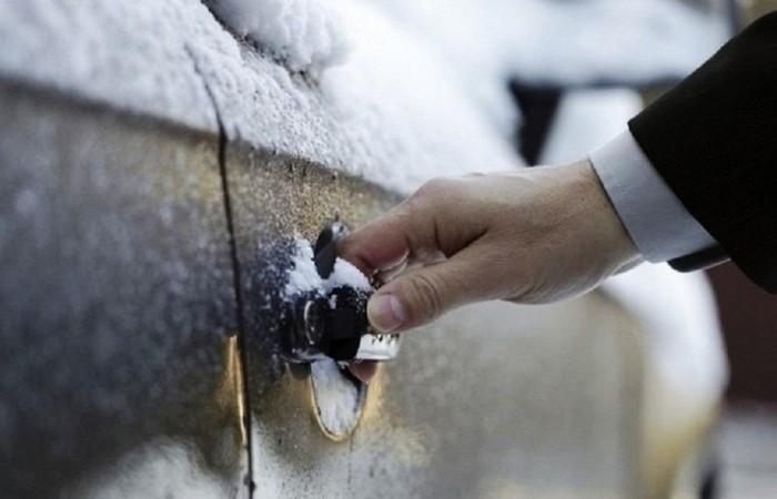 Замки «прихватило» на морозе: как решить надоедливую проблему при помощи доступных средств