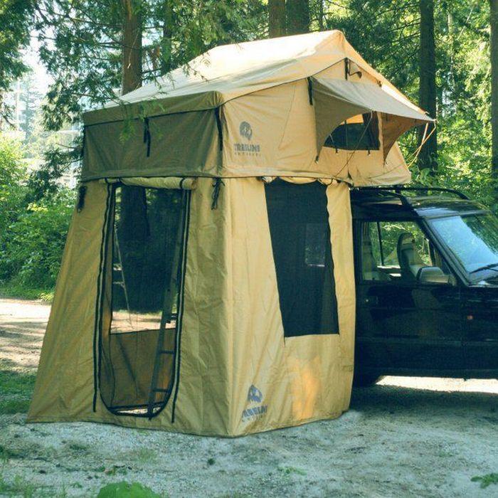 Палатка на крыше авто.