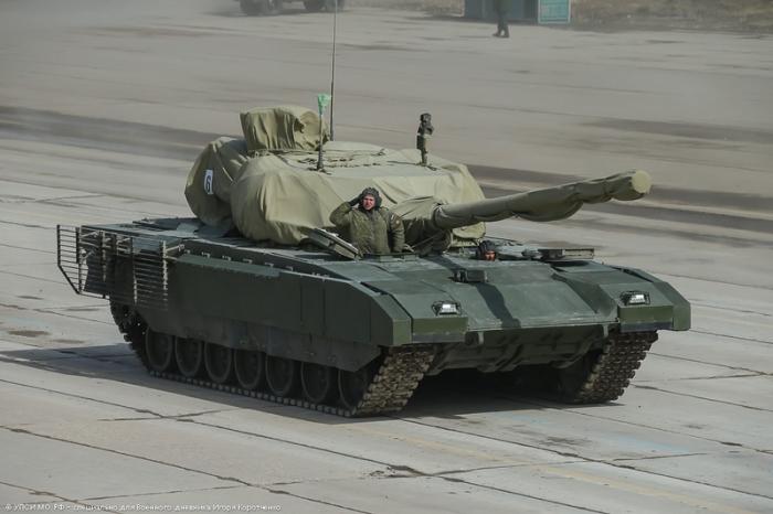 Тяжёлый танк Армата.