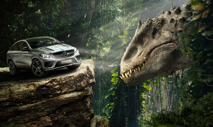 Mercedes-Benz и динозавры.