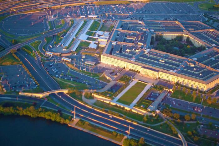 Самое большое офисное здание. |Фото: bestwanderlust.com.
