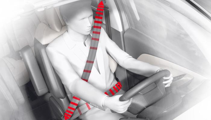 Ремень безопасности должен быть в правильном положении.  Фото: citroen.com.cy.
