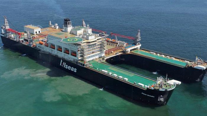 Крановое судно рекордсмен.