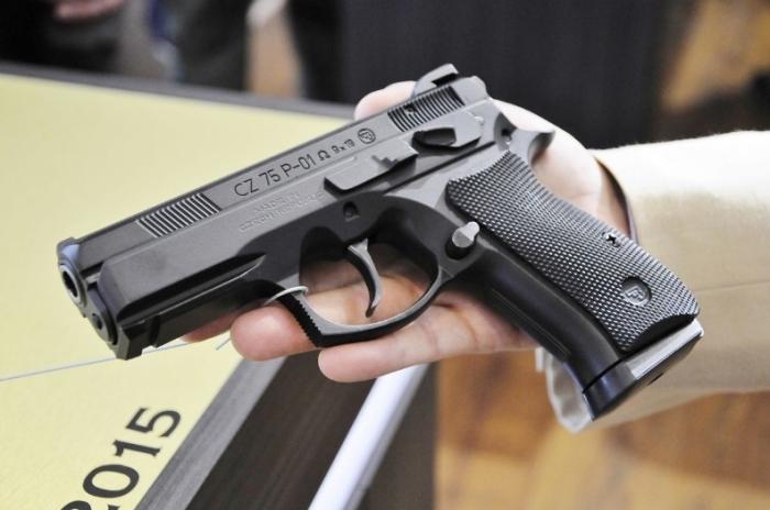 Отличный пистолет из Чехии.