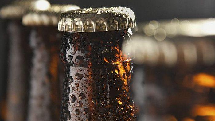 Тёмное стекло для любых бутылок.