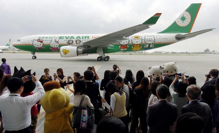 Eva Air - Hello Kitty.