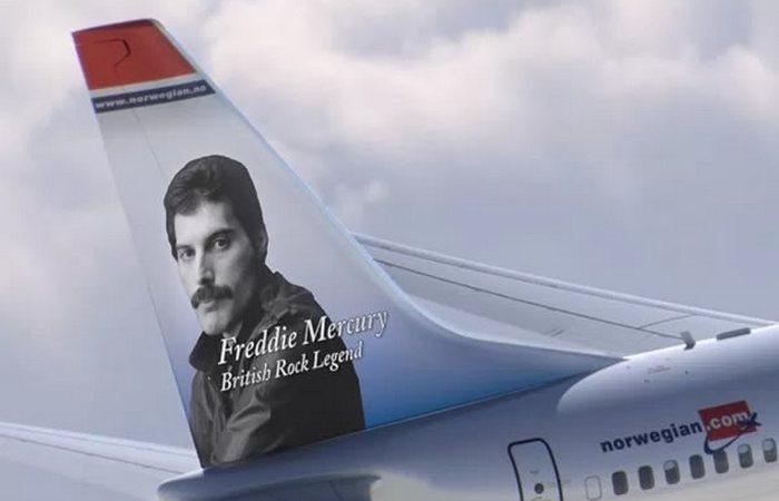 Разукрашенный самолет «Фредди Меркьюри».