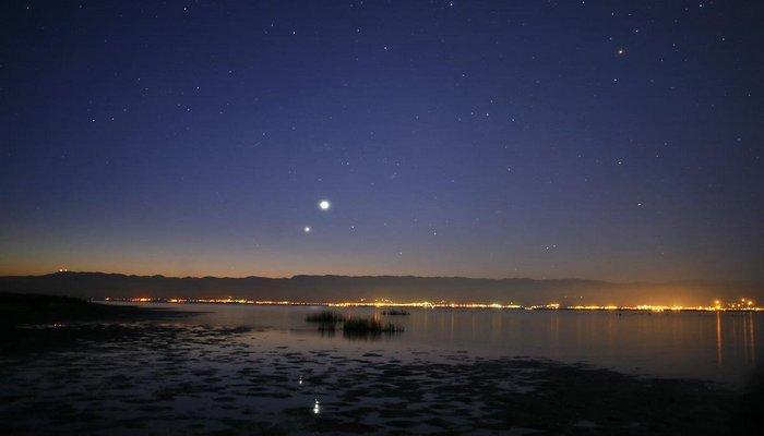 Венера видна без телескопа.