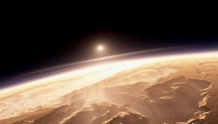 На Венере восход на западе.