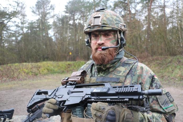 Новое оружие Бундесера.  Фото: Twitter.