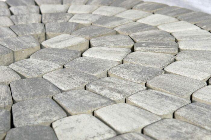 Плитка - популярнейший материал. |Фото: kirpich.by.