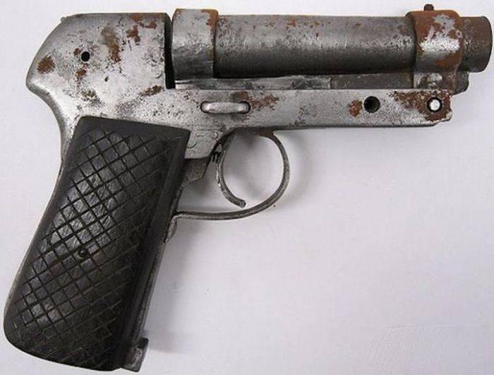 Иногда оружие было кустарным. |Фото: batona.net.
