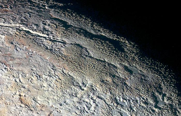 Фотоснимки Плутона: просто красиво...
