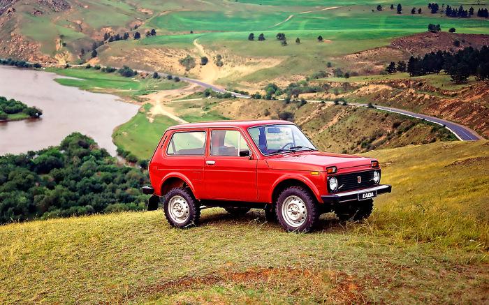 Почему старый советский внедорожник ВАЗ-2121 «Нива» до сих пор любят водители по всему миру