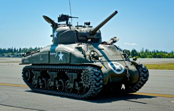 Не только у советских танков. |Фото: avto.goodfon.ru.