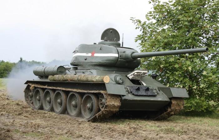У советских танков не было дульного тормоза. |Фото: goodfon.ru.