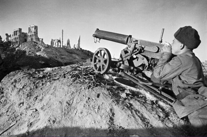 Пулеметы обеспечивают поддержку. |Фото: mediarepost.ru.