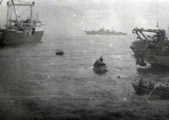 Почти весь экипаж спасли. |Фото: spasenie-na-more.blogspot.com.