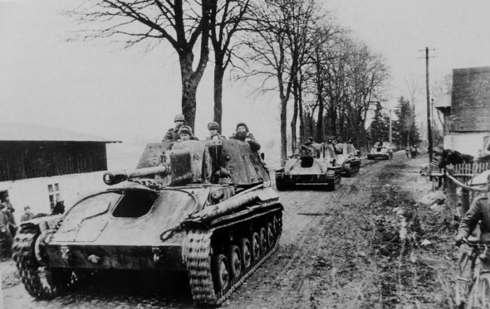 Создана СУ-76 была на базе легкого танка Т-70.  Фото: livejournal.com.