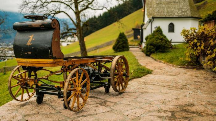 Первый в мире электромобиль.