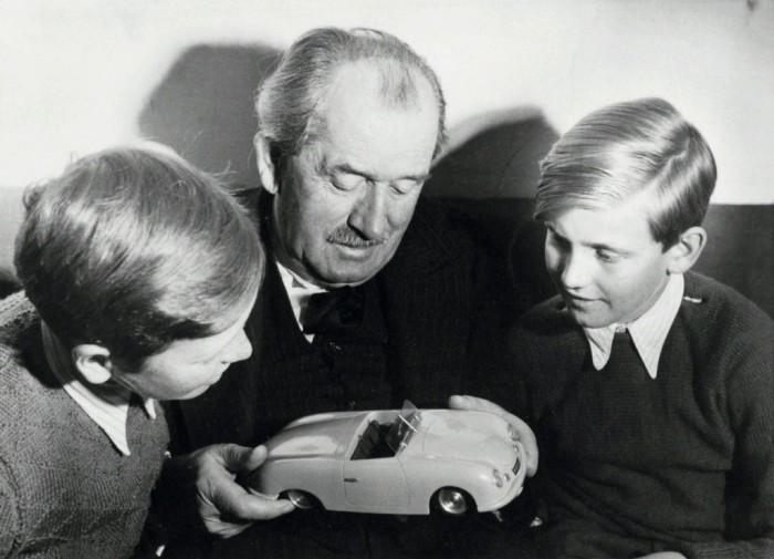 Porsche: 10 лет до первого авто.