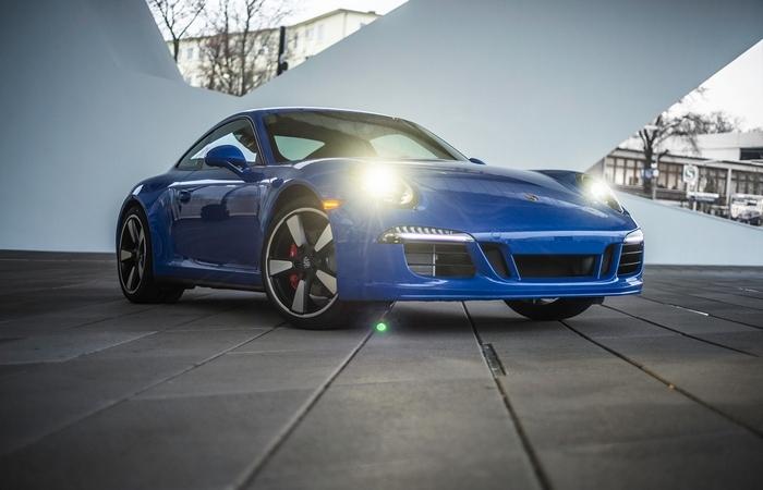 911 GTS Club Coupe - новинка Porsche.