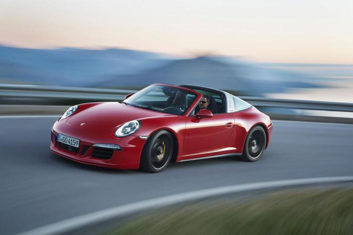 911 Targa 4 GTS - эволюция бренда Porsche.