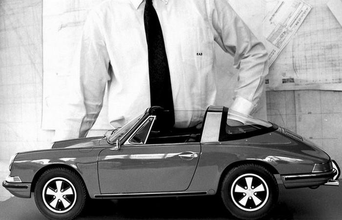 Porsche выпустил 19 версий одного автомобиля.