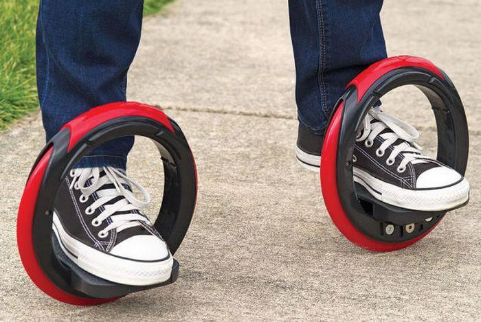Кольцевые коньки Post Modern Skateboard.