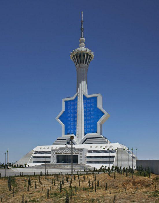 Телебашня Ашхабада, Туркмения.
