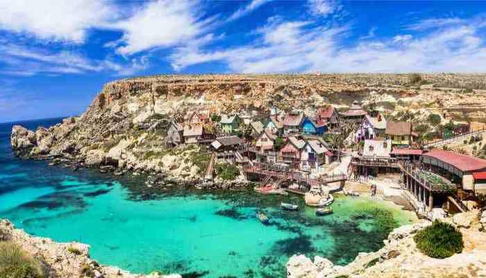 Возможно выжить на Мальте.