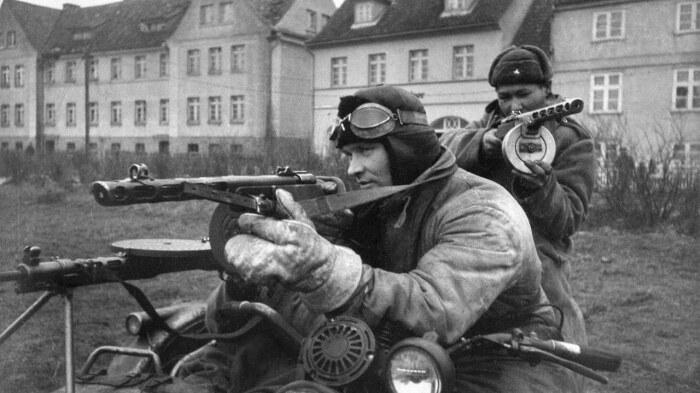 Еще до начала войны ППД стал вытеснять более успешный ППШ. |Фото: imtw.ru.