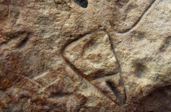 Загадочный пример искусства: могила ребенка в Ла Ферраси.