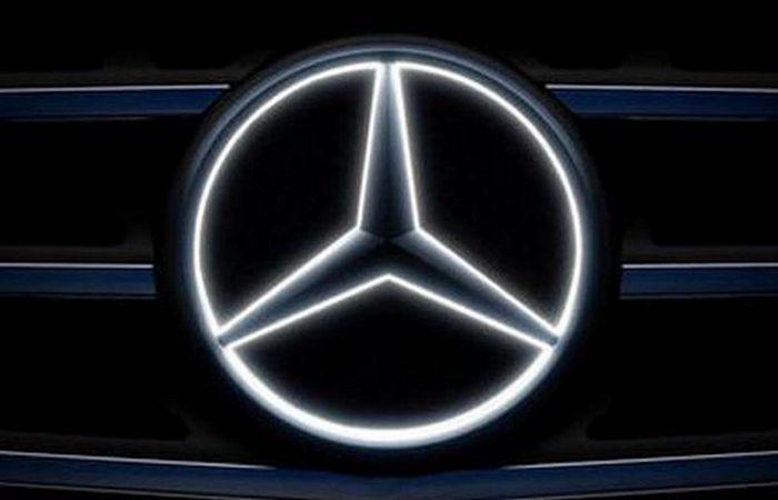 Подсветка Mercedes.